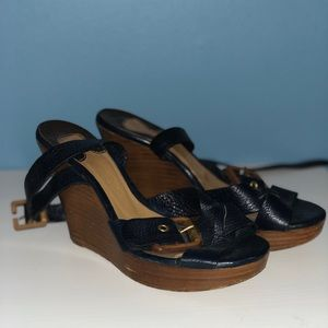 CHLOÉ Wedge Sandals - Navy Blue Leather/Gold